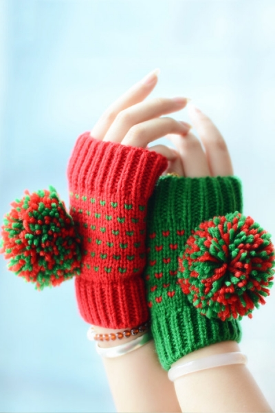 Buy Contrast Fingerless Gloves with discount from OASAP.