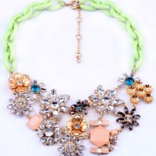 Buy Lovely Flower Necklace with discount from OASAP.
